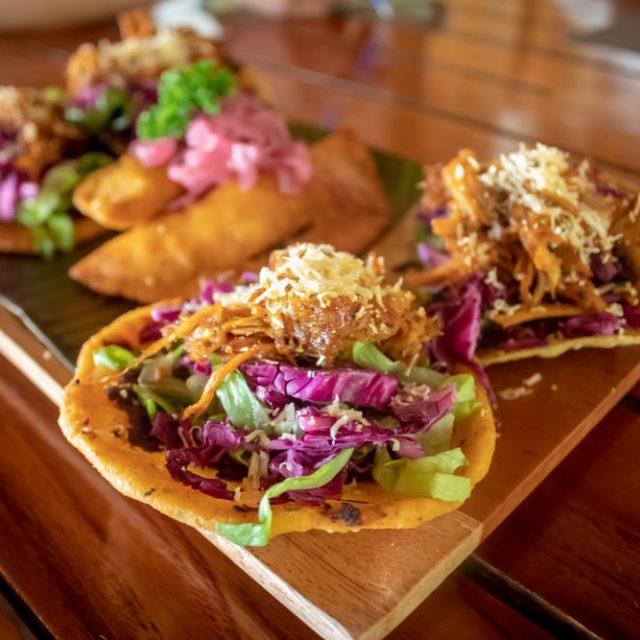 Belize Island Dining - bar snack time