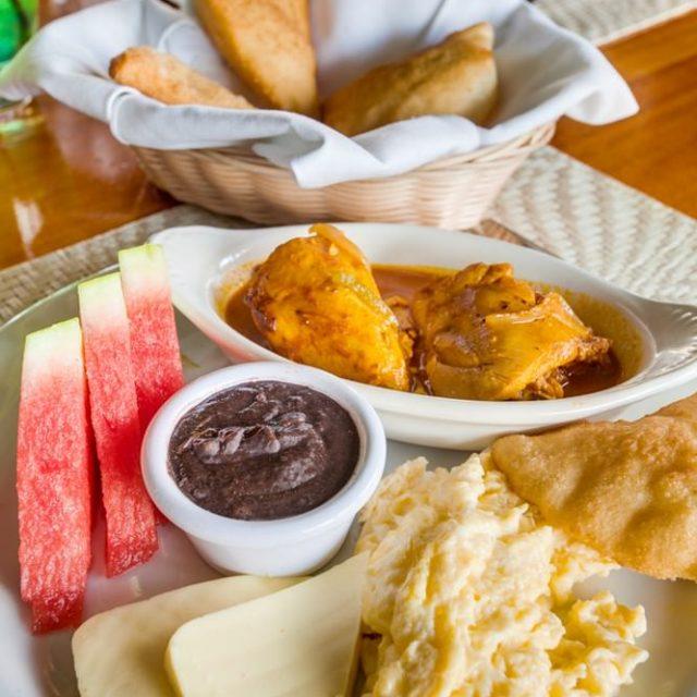 Belize Island Dining - breakfast