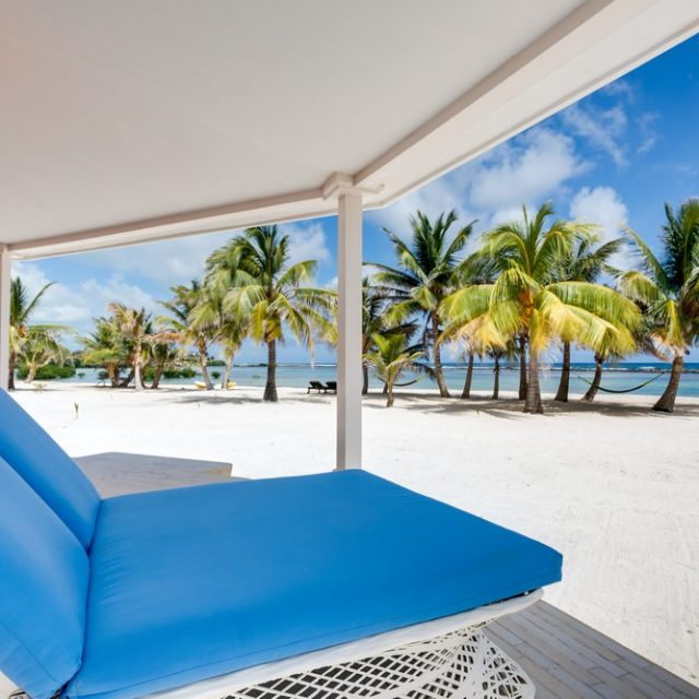 Manta Island Resort - Veranda of Your Cabana
