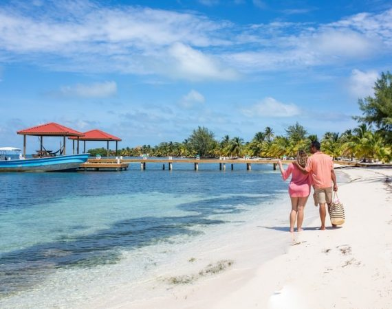 Beaches of Manta - Visit Belize in July