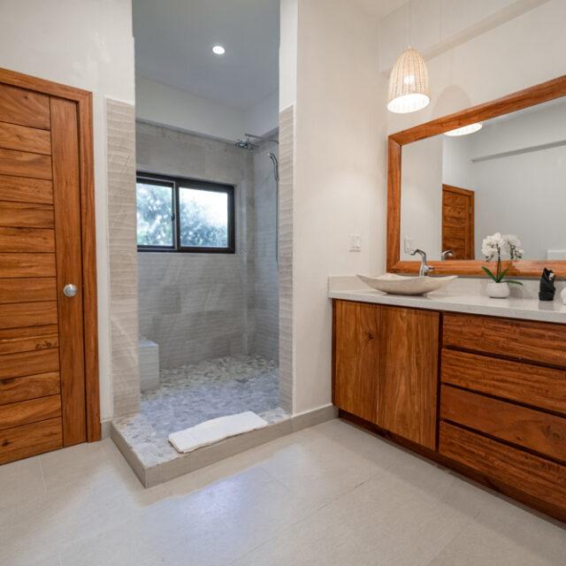 Belize Luxury Villa - Bathroom