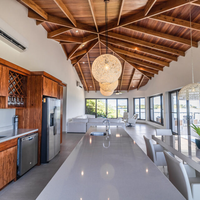 Belize Luxury Villa - Kitchen, Dining and Living Room