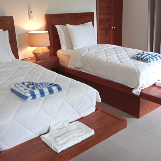 Belize Family Villa - Twin Beds