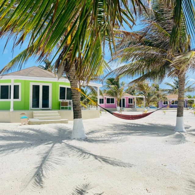 Beachfront accommodations at Manta, Belize