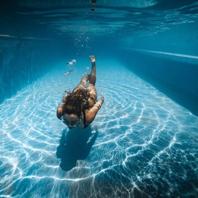 Swim at Manta Island, Belize