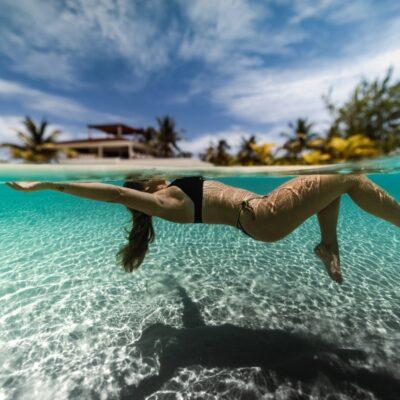 Seim in the Caribbean at Manta Island
