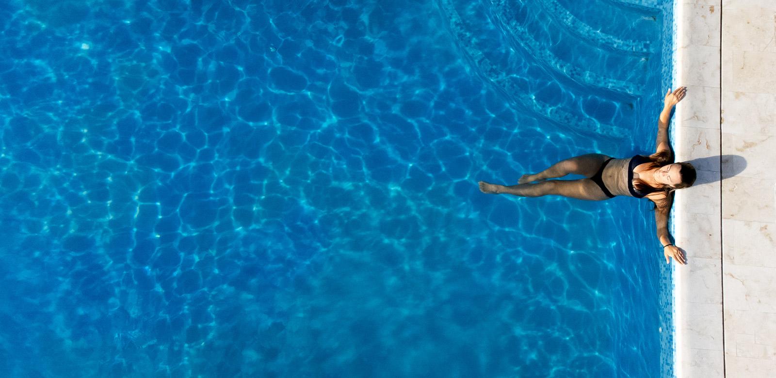 contact manta island resort