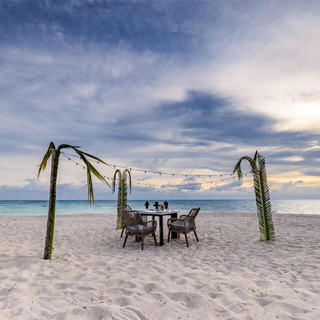 romantic dinners in belize