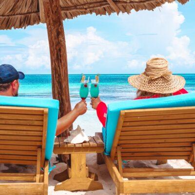 Cocktail time at Manta, Belize