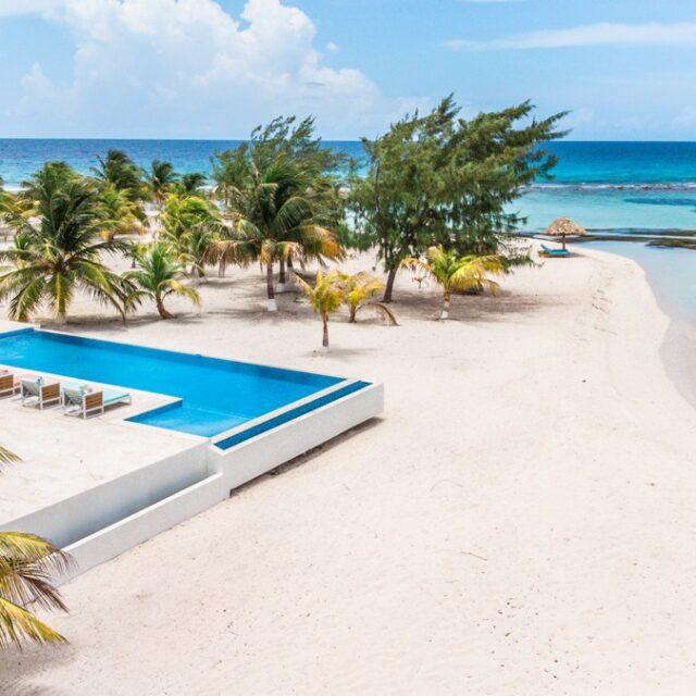 Pool at Manta Island, Belize